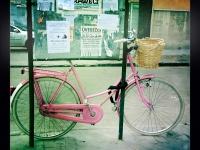Rózsaszín bicikli