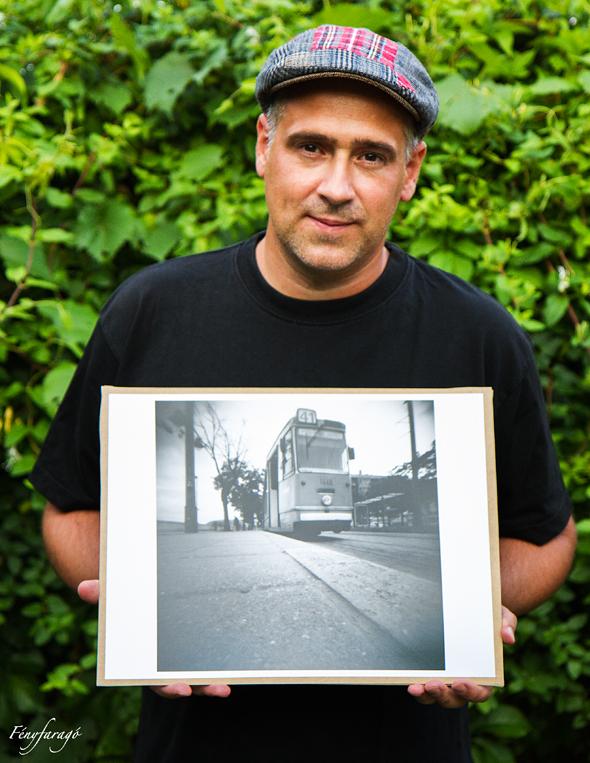 Kép-horgony: 41-es (Budapest, 2014. május 18.) (Papír lyukkamera, B&W 100 film)