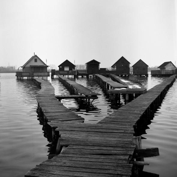 Derítő-tó (Ljubitel 166B, Kodak TRI-X ff film)
