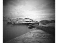 Hajók (Budapest, 2014. május 18.) (Papír lyukkamera, B&W 100 film)